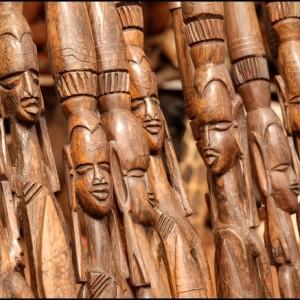 statuette bois Tanzanie afrique statue