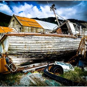 Péninsule de Snæfellsnes à l'ouest du Borgarfjörður Islande. Fjords du Nord-Ouest Route nationale 54 bateau décharge épave